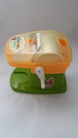 Máquina de fazer Sorvete infantil R$45,00