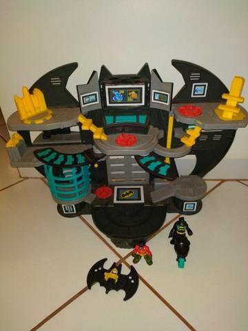 Batcaverna + Batman armadura de combate imaginext