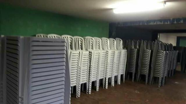 Mesas/cadeiras 100