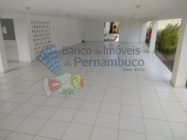 Apartamento com piscina e playground em Abreu e Lima - Foto 3