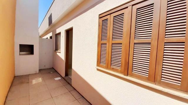 EM OF.ER.TA! Casa 2 dormitórios, 600m da beira mar junto ao Posto Gasolina Madeira - Foto 7