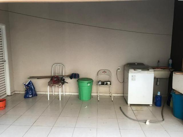 Casa com churrasqueira,cozinha planejada em terreno de 200m2 - Foto 12