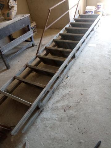Escada 400
