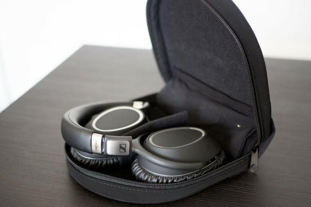 Fone Sennheiser PXC 550 - Noise Cancelling - Bluetooth (Wireless)