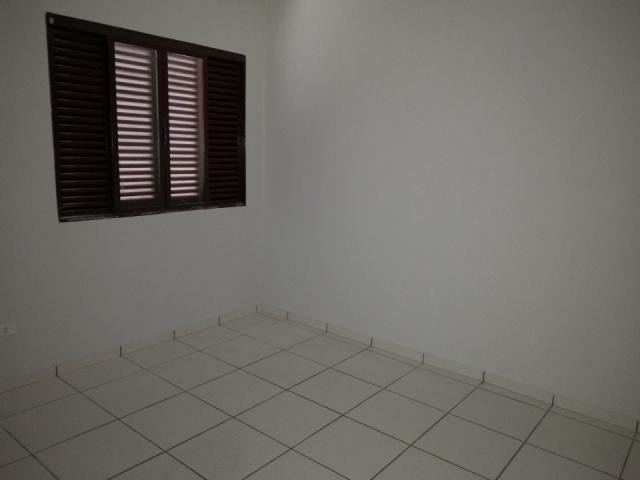 8273 | Apartamento para alugar com 3 quartos em Zona 03, Maringá - Foto 7
