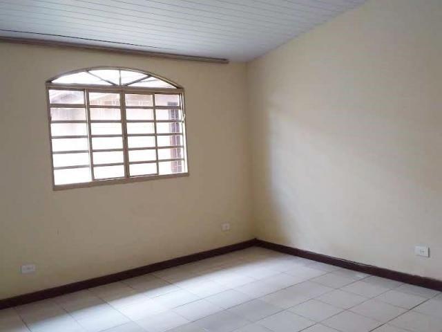 Casa com 4 dormitórios para alugar, 164 m² por R$ 1.900,00/mês - Cajuru - Curitiba/PR - Foto 8