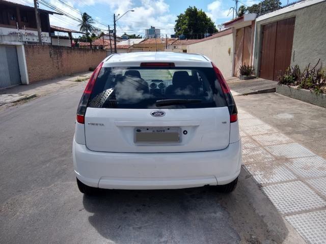 Fiesta 1.6 - Foto 2