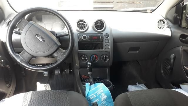 Fiesta Sedan 2007 - Foto 3