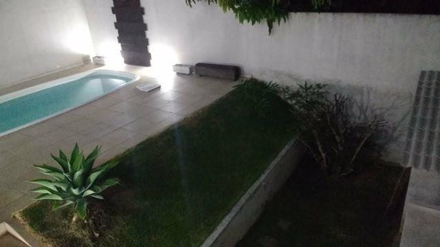 Residência com piscina área central - Foto 4