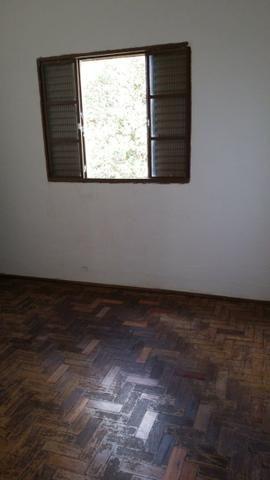 Alugo casa de 2 quartos, bairro santo antônio pará de Minas - Foto 4