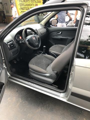 Fiat strada 3 portas 1.4 - Foto 4