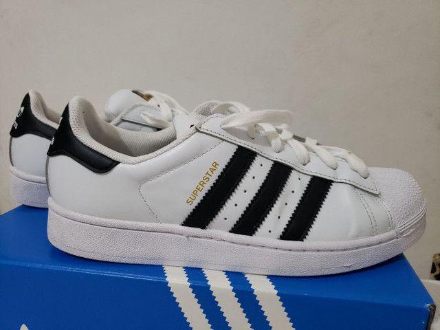 Tênis Adidas Superstar - Foto 4