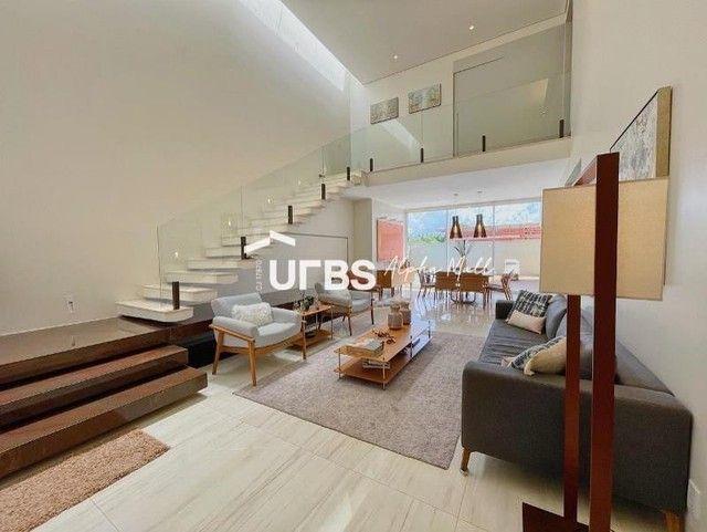 Casa de condomínio para venda com 352 metros quadrados com 4 quartos - Foto 2