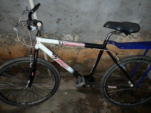Vendo bicicleta toda no rolamento  - Foto 2