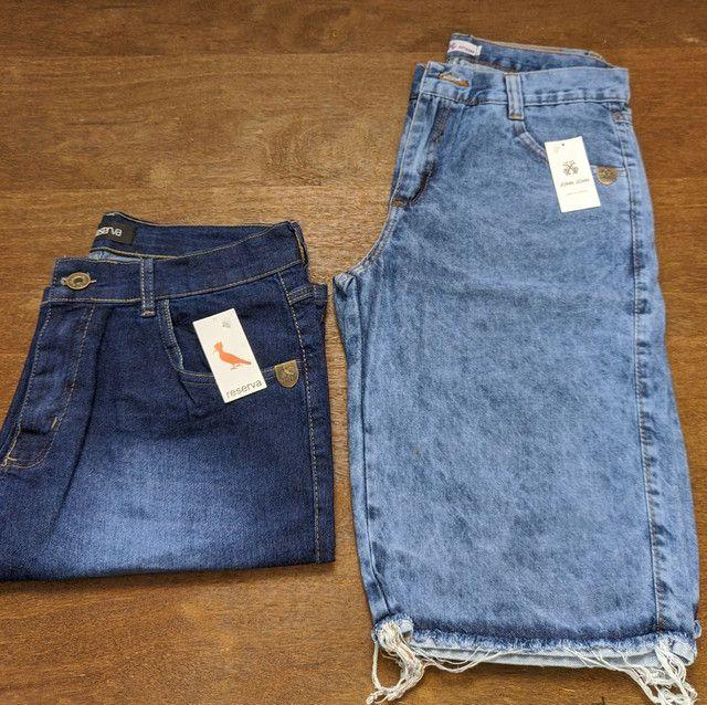 Bermudas jeans Masculinas modelos lisas e destroyed Tamanhos 38 a 42 - Foto 3