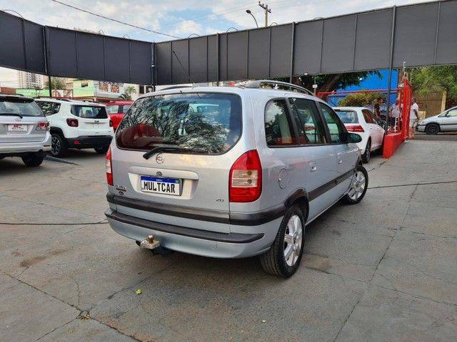 ZAFIRA 2006/2006 2.0 MPFI ELITE 8V FLEX 4P AUTOMÁTICO - Foto 4