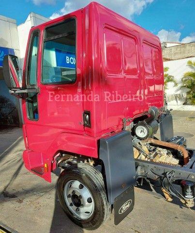 Ford cargo 815 chassis - baixo km - revisado  - Foto 6
