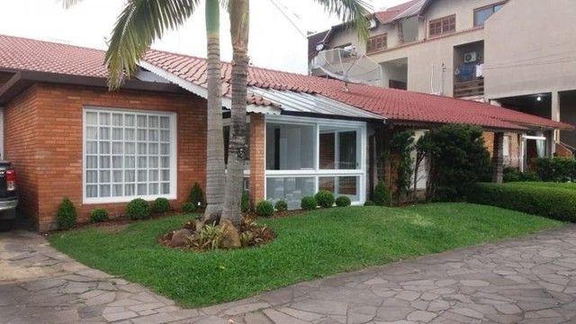 Casa para venda possui 250 metros quadrados com 3 quartos em Centro - Parapuã - SP