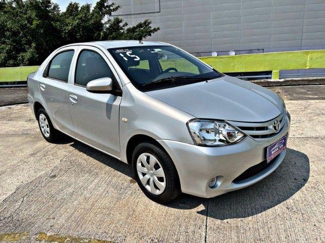 Toyota Etios sedan x1.5 única dona !!! - Foto 2