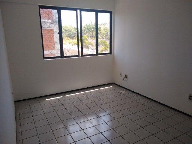 Apartamento 3 quartos 2 suítes com vaga coberta no Cocó - Foto 7
