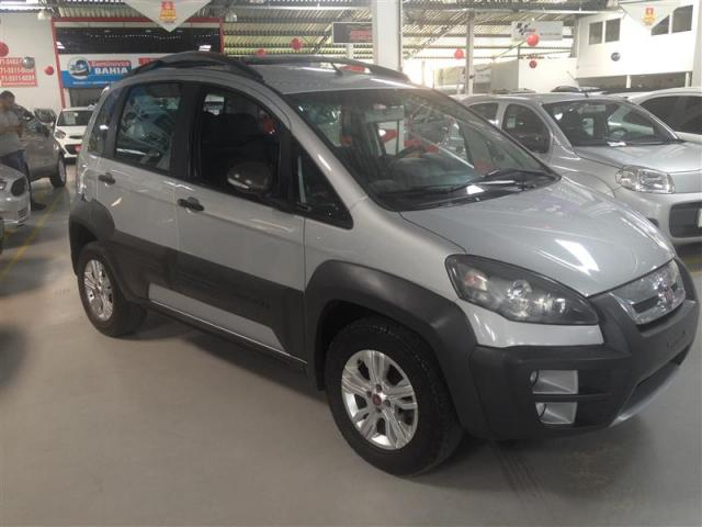 Fiat idea 1 8 mpi adventure 16v flex 4p manual 2015 for Fiat idea adventure 1 8