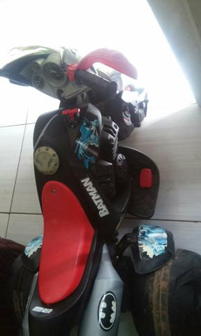 Vendo moto do Batman leia
