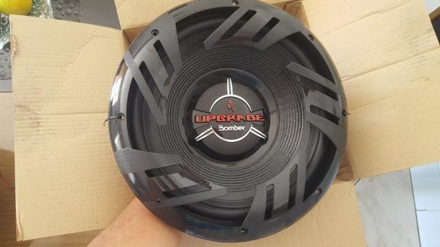 Subwoofer Bomber upgrade 350 RMS alto-falante novo na caixa!