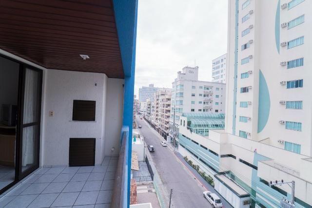 Apto 3 Dormitórios, bem localizado, mobiliado, ótimo histórico de locação de temporada - Foto 16