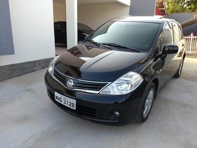 Nissan Tiida SL Hatch