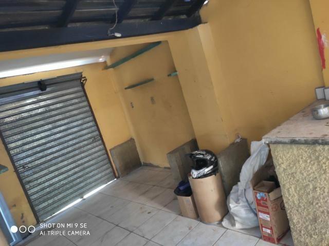 Vendo ou troco por carro casa na rua Fausto Bastos ! - Foto 6