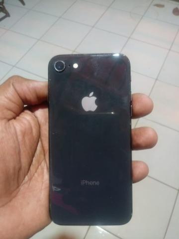 Vendo iPhone 6 128gb e iPhone 8 64gb