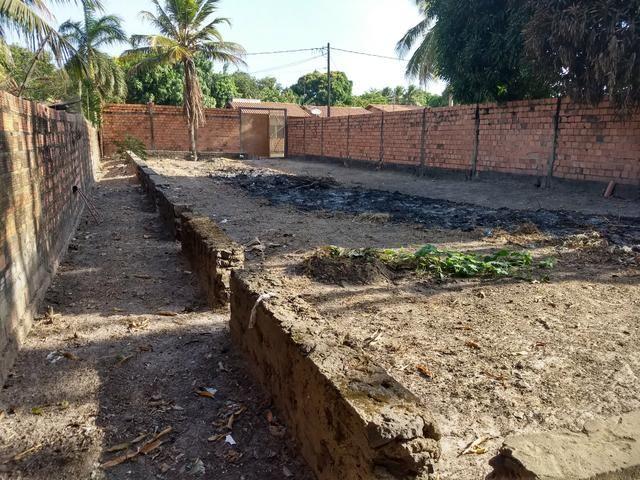 Vendo terreno 12 x 40 com alicerces, todo murado - Foto 5