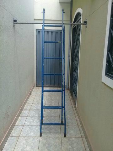Escada - Foto 2