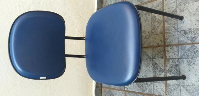 Cadeira Executiva Fixa no Courvin Azul - Foto 3