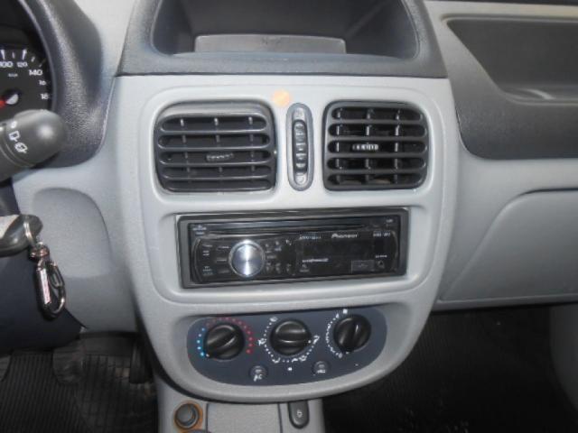RENAULT CLIO CAMPUS HI-FLEX 1.0 16V 5P - Foto 12