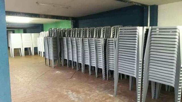 Mesas/cadeiras 100 - Foto 2