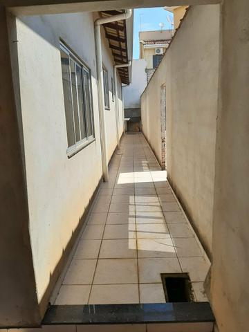 Casa e terreno (lote) com 5 quartos, 3 suítes, ótima localização, aquecimento solar - Foto 5