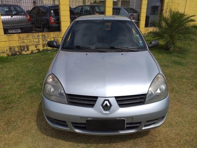Renault Clio 1.0 8v - Foto 2