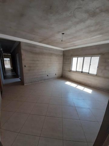 Casa e terreno (lote) com 5 quartos, 3 suítes, ótima localização, aquecimento solar - Foto 10