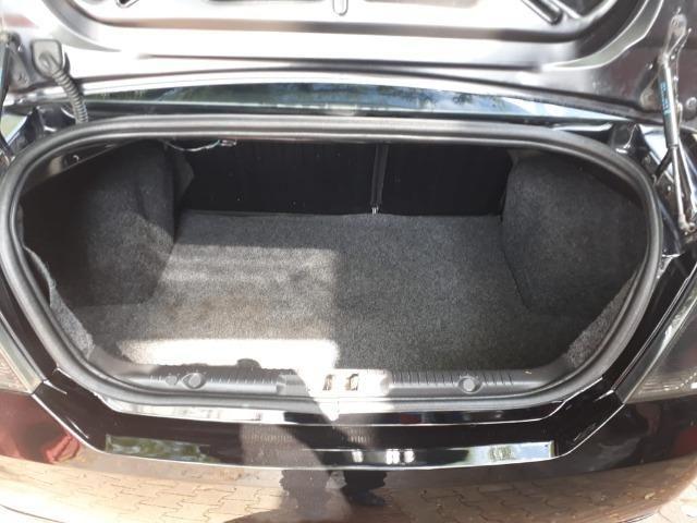 Fiesta Sedan 1.0 Zetec Rocam - Foto 11