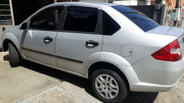 Fiesta Sedan 2007 - Foto 2