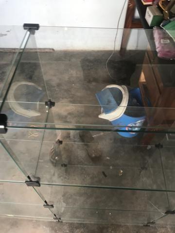 Balcão de Vidro 600 reais (MUITO BARATO) - Foto 6