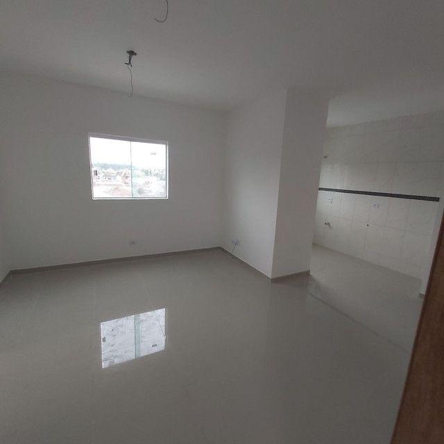 _/ Apartamento de 02 quartos,  sacada , vaga coberta . Fazendinha  - Foto 2