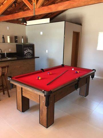 Mesa Charme de Bilhar Cor Imbuia Tecido Vermelho Mod. XMKW5418 - Foto 2