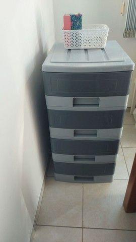 Vendo gaveteiro plástico marca Pnaples, com 4 gavetas.