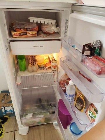 Vendo geladeira 550 - Foto 3