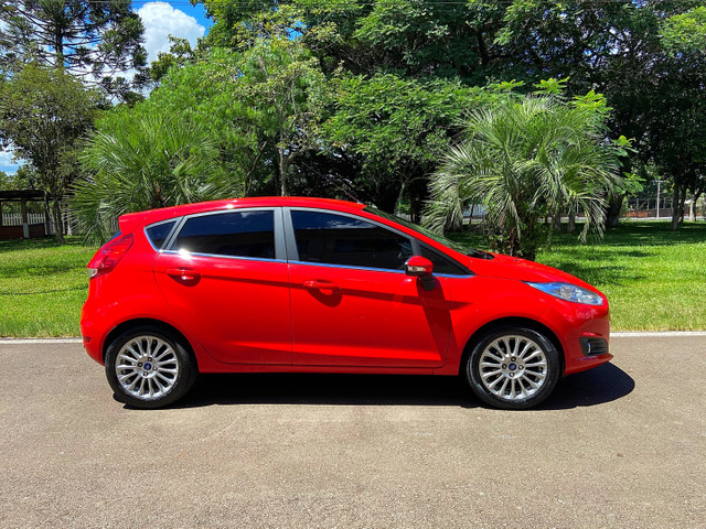 New Fiesta Titanium Baixa Km Placa I Zero - Onix Hb20 Focus Golf Polo - Foto 3