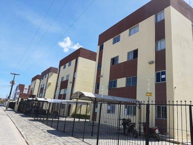 Apartamento nos Bancários 2 Quartos em oportunidade bem localizado