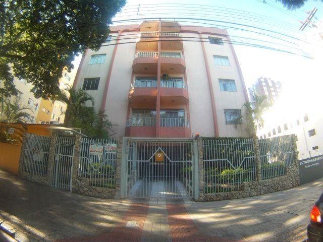 Locação | Apartamento com 74.61 m², 3 dormitório(s), 1 vaga(s). Zona 07, Maringá