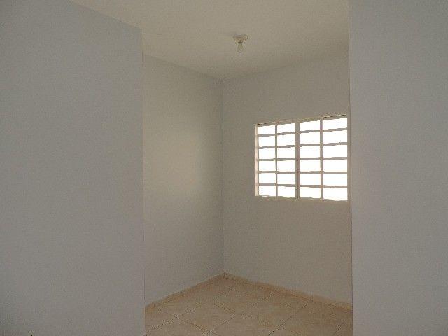 Alugo Quitinete de 1 quarto com garagem, Jardim da Luz, Goiânia - Foto 7